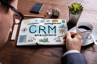 Como utilizar o seu CRM para fortalecer as ações de marketing